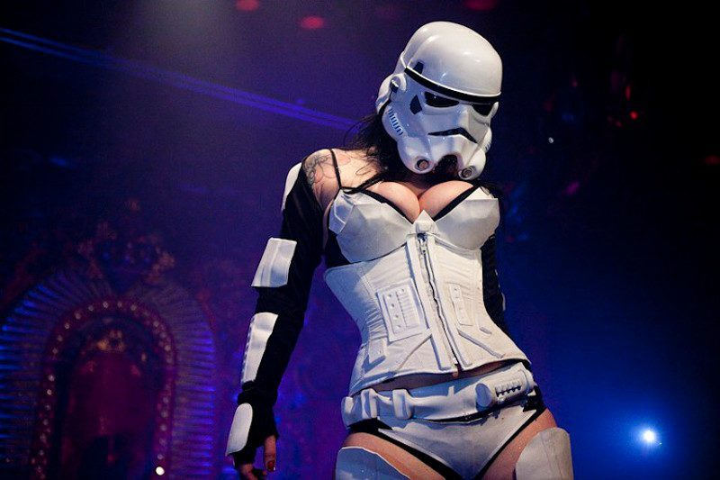 HOW L.A.'S STAR WARS BURLESQUE PARODY SHOW BECAME A VIRAL HIT