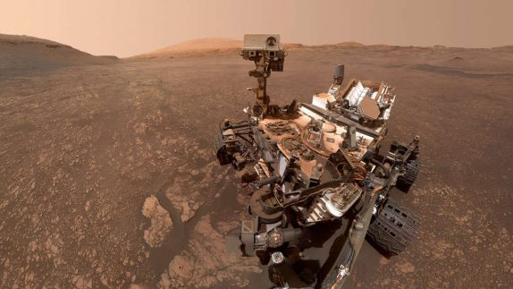 NASA's Curiosity Has Detected An Unexplained Spike In Oxygen On Mars